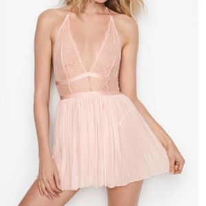 Victoria's Secret Pleated Babydoll NWT